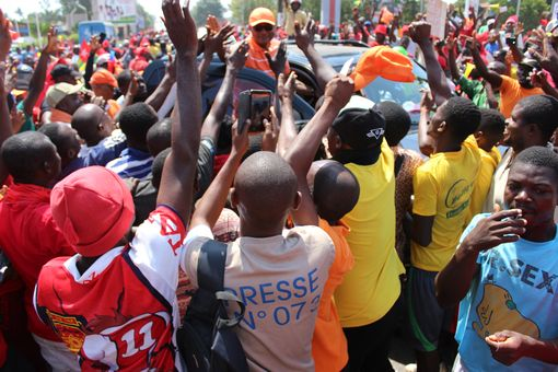 2017-12-02-manif-lome-01