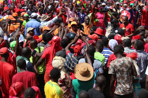 2017-12-02-manif-lome-02