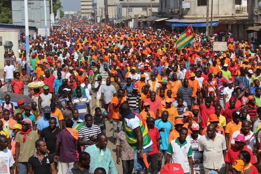 2017-12-02-manif-lome-09