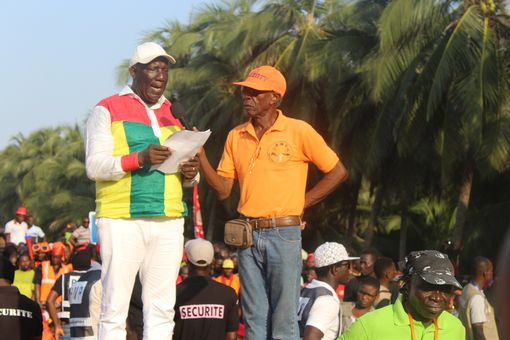 2017-12-02-manif-lome-11