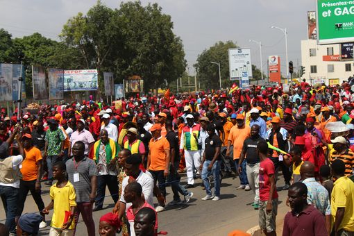 2017-12-02-manif-lome-18
