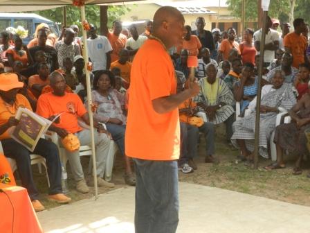 campagne-election-presidentielle-danyi-adeta-kpalime-agou-18-04-2015-06